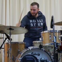 patrik-horat-on-drums-ludwig